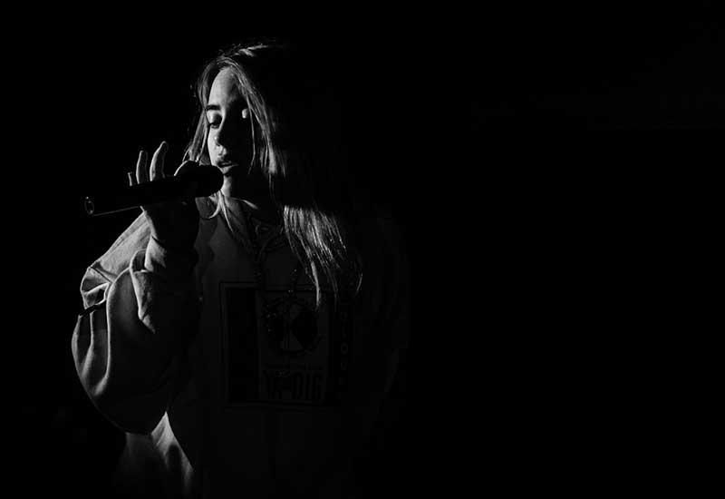 """دو آهنگ """"My Future"""" و """"XANNY"""" از Billie Eilish به همراه ترجمه"""