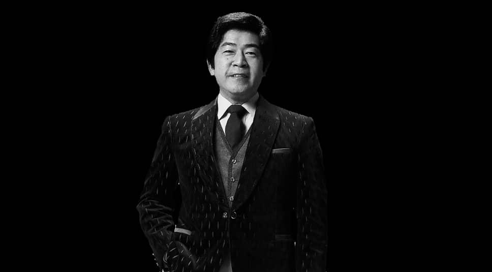 میچیا میهاچی خوانندهی مشهور موسیقی ژاپن