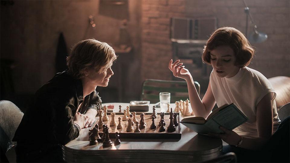 نقد سریال The Queen's Gambit 1