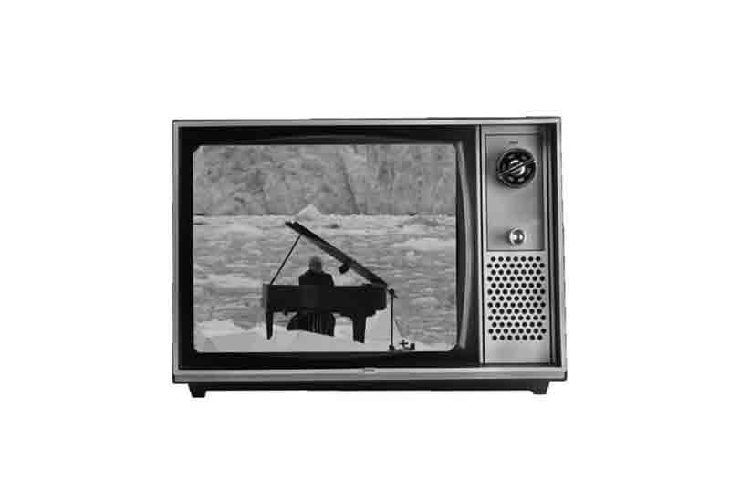 موزیک ویدئو مرثیهای برای قطب شمال 3