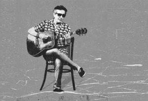 """آهنگ """" تنها تو خونه"""" از کامران جهانبانی"""